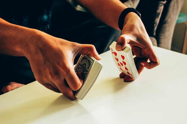 Did you know what the fundamentals of live gambling are?